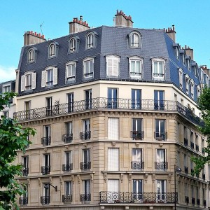 799pxTypical_Paris_Apartment